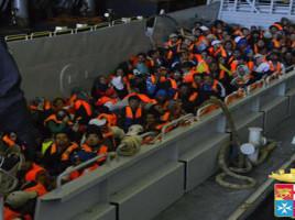 Immigrazione: oltre 2500 migranti soccorsi in 24 ore