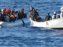migranti marina militare 1