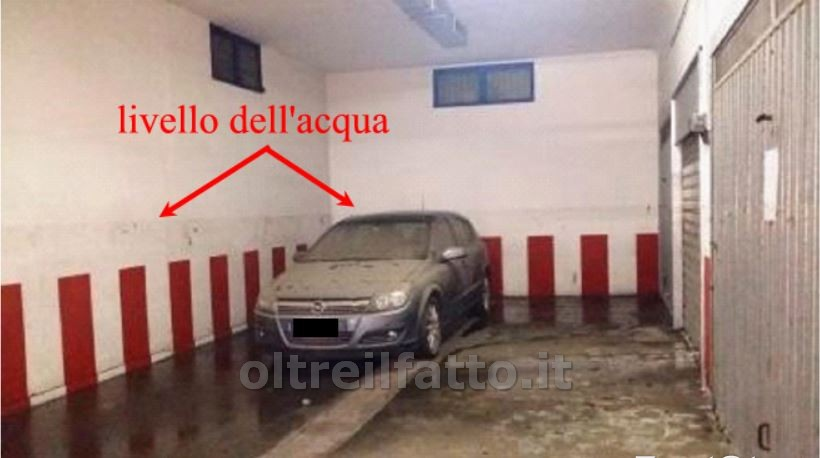 Taranto 48 macchine a mollo due giorni bloccate nel - Garage sotterraneo ...