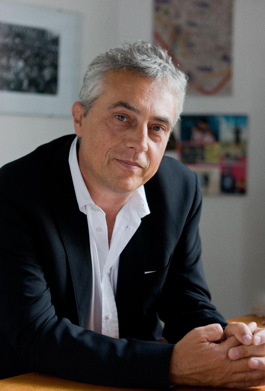 Bari oggi convegno con stefano boeri l 39 architetto del for Bosco verticale architetto