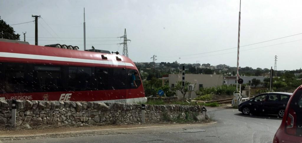 Ferrovie Sud Est Martina Franca Passa Il Treno E Le