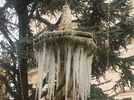 martina piazza roma fontana gelata