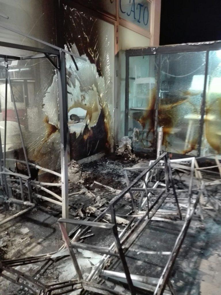 Francavilla Fontana Mobilificio Incendiato Arrestato 38enne