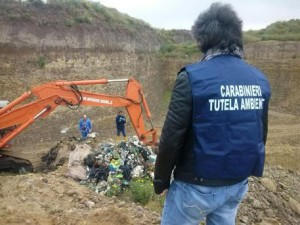 Rifiuti: migliaia tonnellate emergono da scavi nel foggiano