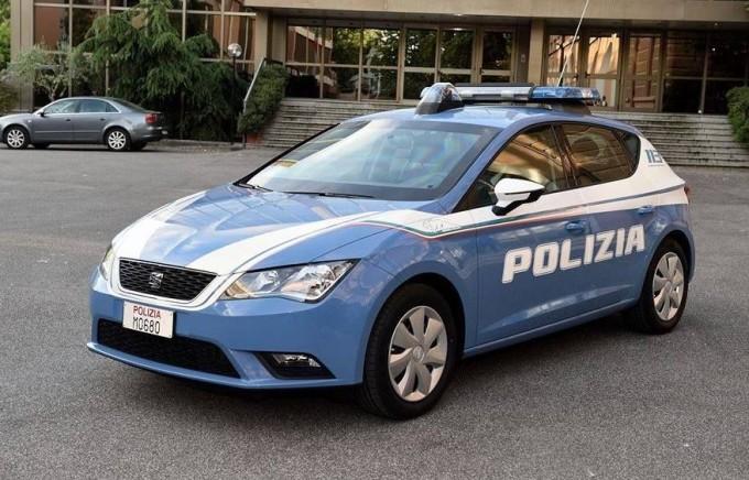SEAT Leon della Polizia e1435934435446