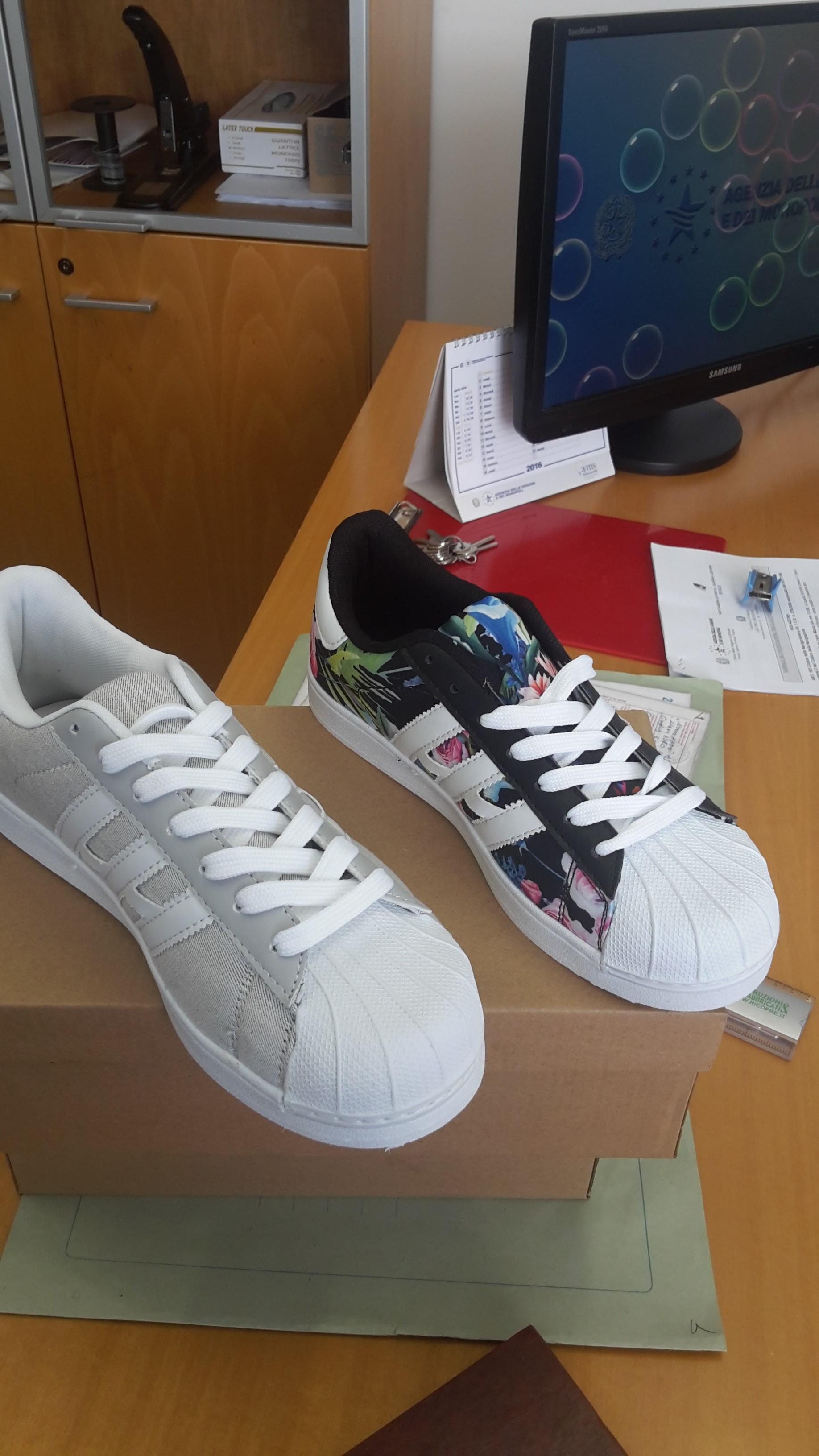 scarpe adidas false | Benvenuto per comprare