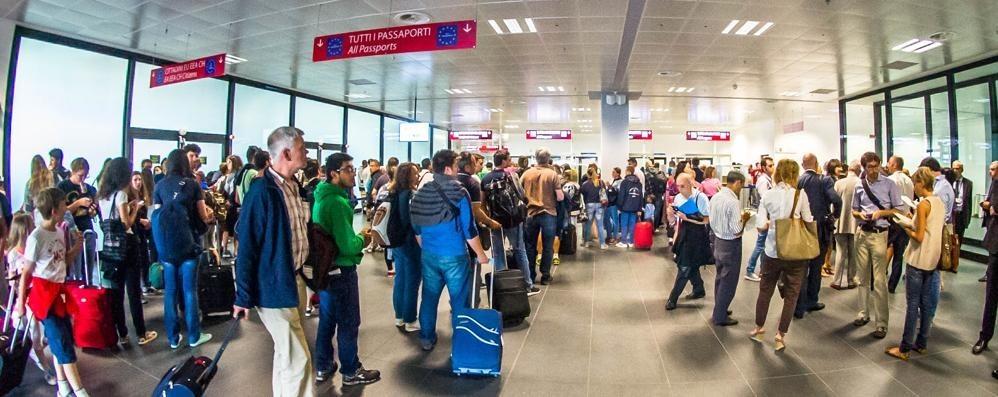 aeroporto cancellazione voli 21 marzo 2017
