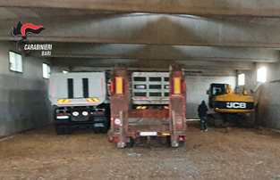 Acquaviva delle Fonti: rinvenuti autocarri, escavatori e rimorchio rubati nel materano - Noi Notizie