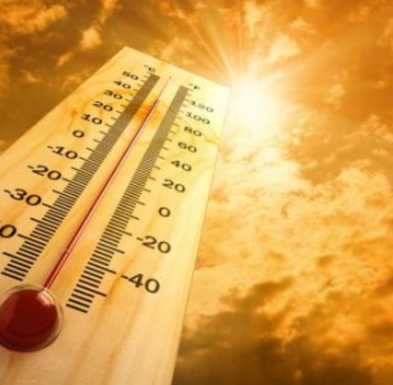 Caldo: oggi bollino arancione per Bari Puglia, si prospettano altre giornate con temperature anche superiori ai quaranta gradi