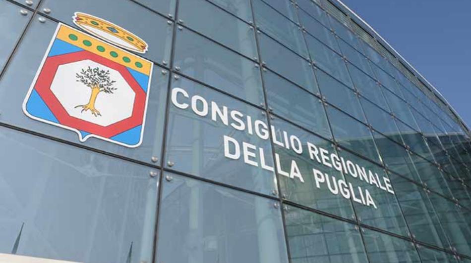Puglia, consiglio regionale: abrogato il tfm Il voto unanime